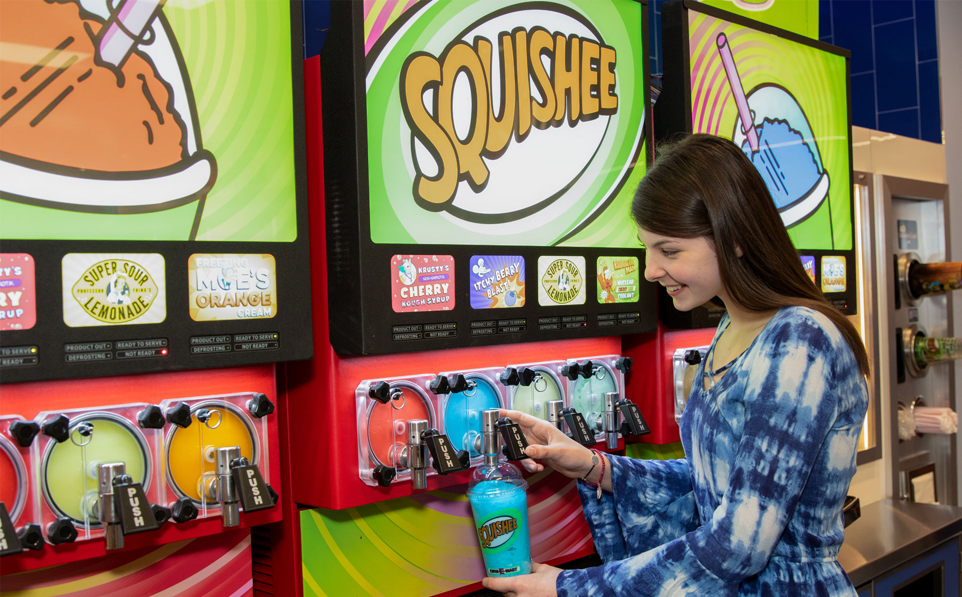 guest pouring a squishee
